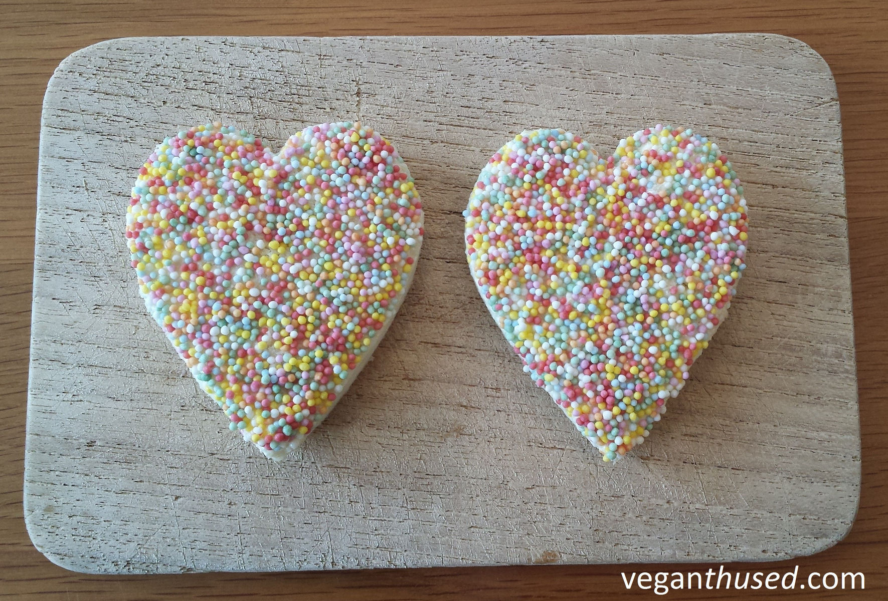 Heart_shaped_fairy_bread